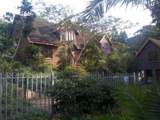 6 bedroom House with Cleaning Service in San Lameer - San Lameer vacation rentals