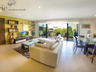 2 Bedroom Penthouse and 4 Swimming Pools - Playa del Carmen vacation rentals