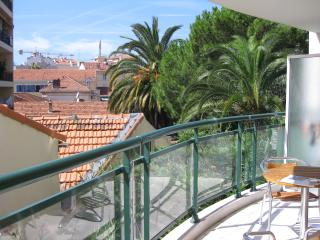 Cannes Eclectic 2 Bedroom Apartment - Cannes vacation rentals