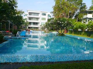 Perfect Condo with Internet Access and A/C - Hua Hin vacation rentals