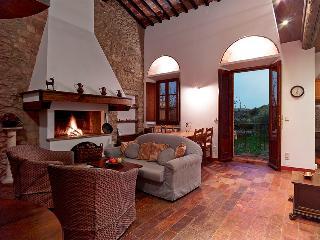 Weingut Podere Cortilla - La Galleria - Volterra vacation rentals