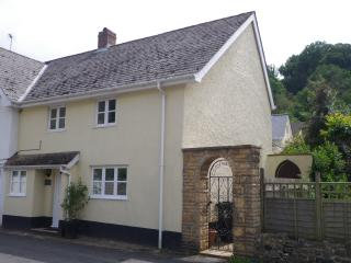 Orchid Cottage in Axmouth village (Jurassic Coast) - Seaton vacation rentals