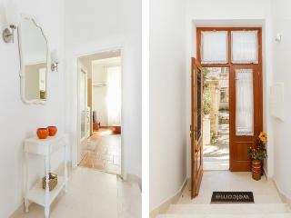2 bedroom Apartment with Internet Access in Trogir - Trogir vacation rentals