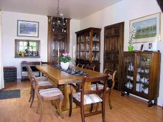 Bright 4 bedroom House in Sainte Foy-la-Grande with Internet Access - Sainte Foy-la-Grande vacation rentals