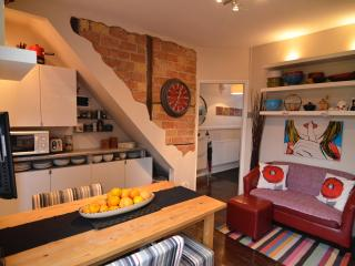 Nice 2 bedroom House in London - London vacation rentals