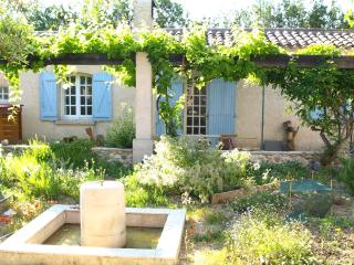 La Petite Maison, Charming Cottage with terrace - Les Milles vacation rentals