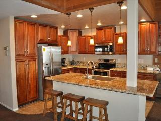 3bed+Loft/3 Bath, Located at Eagle Lodge, Ski-in, Ski-out luxury - Mammoth Lakes vacation rentals