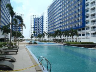 Sea Res Condo at Mall of Asia -812 - Pasay vacation rentals