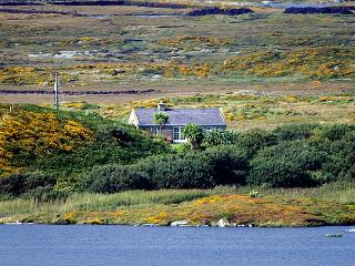 Beautiful Cottage with Television and Central Heating - Ballyconneely vacation rentals