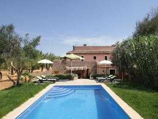 4 bedroom Villa in Buger, Mallorca : ref 3910 - Buger vacation rentals