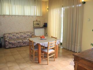 Cozy 2 bedroom Condo in Atri - Atri vacation rentals
