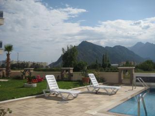 Bright 2 bedroom Condo in Antalya - Antalya vacation rentals