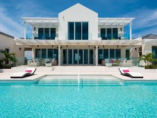 Gorgeous 5 bedroom Villa in Turks and Caicos with Internet Access - Turks and Caicos vacation rentals