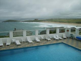 FISTRAL BEACH - SURF VIEW,  PENTIRE- SWIMMING POOL - Newquay vacation rentals