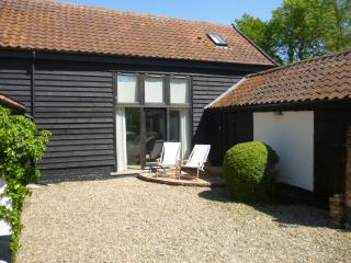 2 bedroom Barn with Internet Access in Pulham Market - Pulham Market vacation rentals