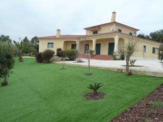 casa rural - Vila de Rei vacation rentals