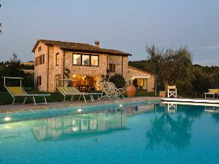 Nice Villa with Internet Access and Satellite Or Cable TV - Collazzone vacation rentals