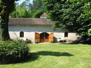 Perfect Brantome Cottage rental with Internet Access - Brantome vacation rentals