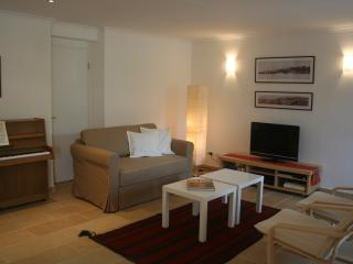 Charming Condo with Internet Access and Dishwasher - Jerusalem vacation rentals