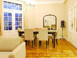 French Style 2 Bedroom Apartment in Palermo - Buenos Aires vacation rentals