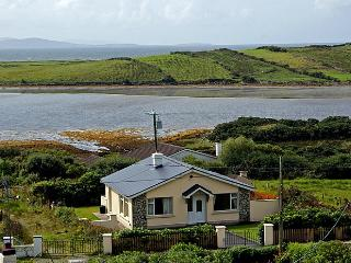 Nice Bungalow with Television and DVD Player - Mulranny vacation rentals