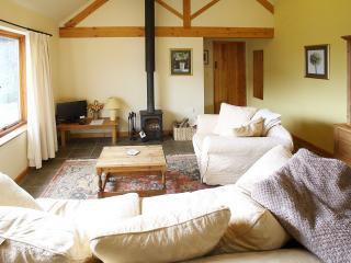 Cranberry Cottage, Pet-Friendly, wifi, log burner - Church Stretton vacation rentals