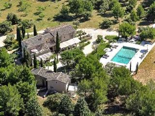 Traditional Provencal Farmhouse Chez Jean Claude with Private Pool, Tennis Court & Maid Service - Eygalieres vacation rentals