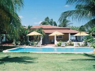 Lovely Villa Jeroen with privet swimming Pool - Fortaleza vacation rentals