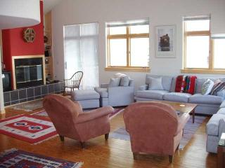 Spacious 4bd Home with hot tub- Affordable too - Vail vacation rentals