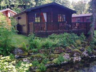 2 bedroom Cabin with Deck in Troutbeck - Troutbeck vacation rentals