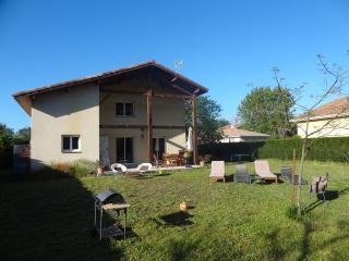 récente et spacieuse villa - Vieux-Boucau-les-Bains vacation rentals