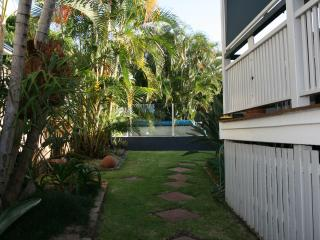 Cozy 2 bedroom B&B in Brisbane - Brisbane vacation rentals
