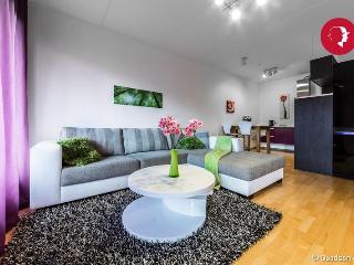 Modern 1-Bedroom Apartment in Foorum (2) - Tallinn vacation rentals