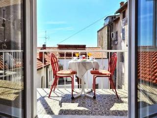 Bright 2 bedroom Condo in Split - Split vacation rentals