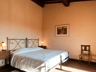 Perfect Condo with Internet Access and Dishwasher - Mercatale di Val di Pesa vacation rentals