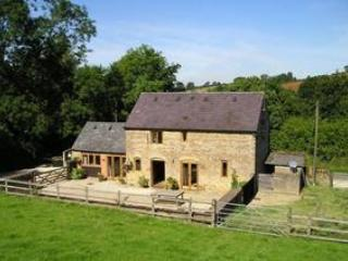 Comfortable Barn with Internet Access and Television - Whichford vacation rentals
