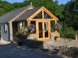 Hidden gem near Hay-on-Wye- The Byre at Fforest Cwm. - Clyro vacation rentals