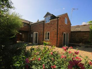 Lavender Cottage, North Cotswolds nr Chipping Norton! - Banbury vacation rentals