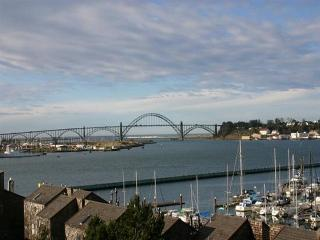 YAQUINA SUNSET - Newport, Embarcadero - Newport vacation rentals