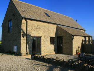 Comfortable 2 bedroom Barn in Leafield - Leafield vacation rentals