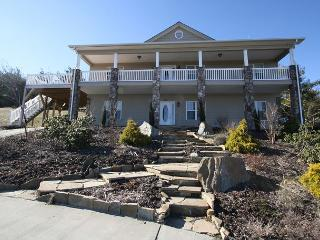 Paradise at Sorrento elegant mountain home, fantastic multiple mountain view - Blue Ridge Mountains vacation rentals