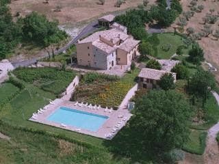 le vignole country house - Assisi vacation rentals