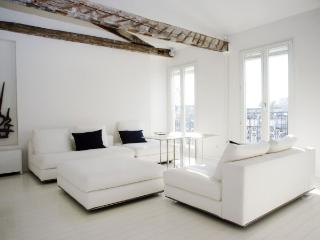 BELLA - Paris vacation rentals