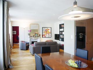 STPAUL - Paris vacation rentals