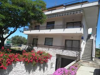 APARTMENT MARIA - KOMUNELA, UMAG - Murine vacation rentals