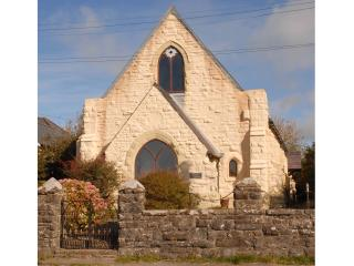 3 bedroom Converted chapel with Satellite Or Cable TV in Penycwm - Penycwm vacation rentals