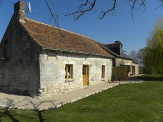 Spacious 4 bedroom Gite in Meigne-le-Vicomte - Meigne-le-Vicomte vacation rentals