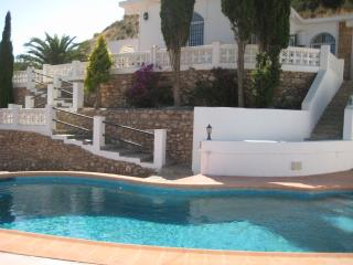 2 bedroom Villa with Internet Access in Calabardina - Calabardina vacation rentals