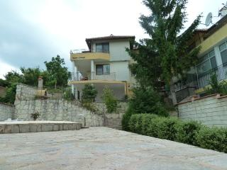 3 Bedroom Balchik Holiday Villa with Private Pool - Balchik vacation rentals