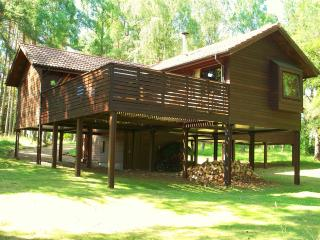 3 bedroom Lodge with Deck in Boat of Garten - Boat of Garten vacation rentals